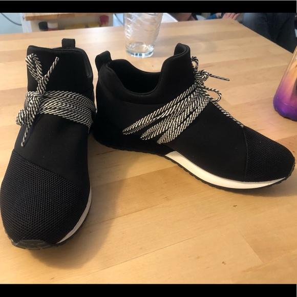 Raquel Slip On Sneakers   Poshmark
